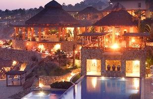 Copy of REsperanza_Activities_0006_Hotel_Pool_Evening.jpg
